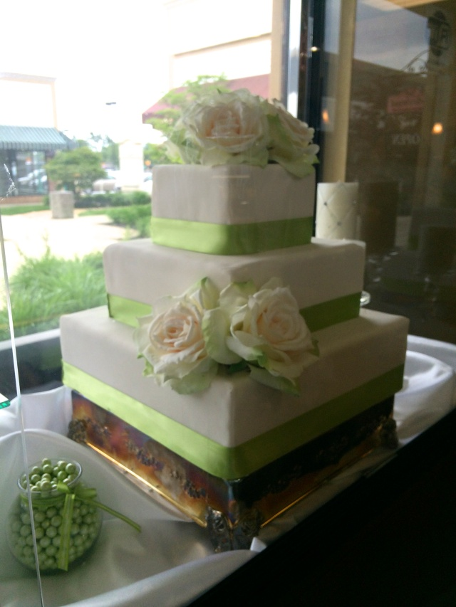 Cake at Belle's Bakery