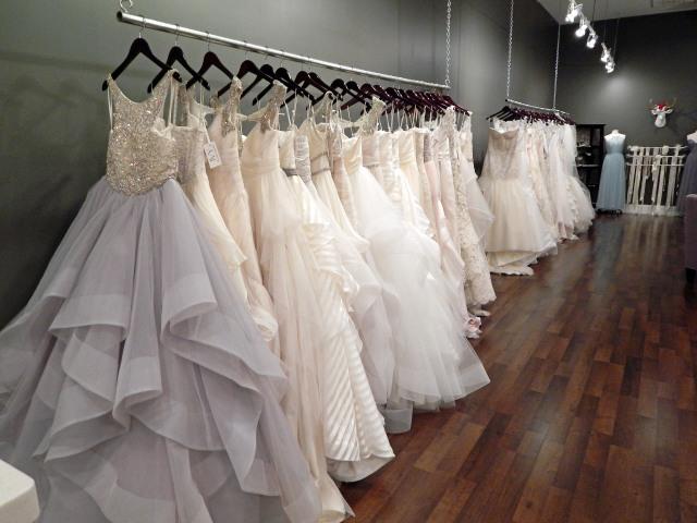 ivy bridal studio | wander & whine